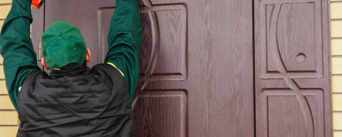 Ремонт металлических дверей: что можно выполнить самому, а когда обращаться к специалистам?