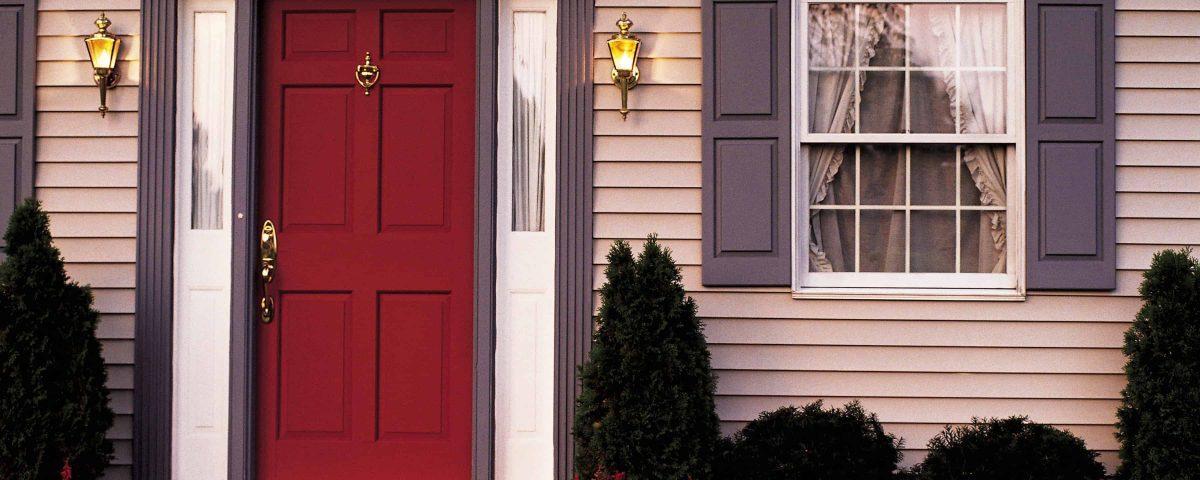 Как правильно выбрать входную дверь в частный дом